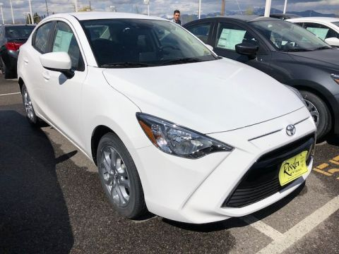 New 2018 Toyota Yaris iA Base