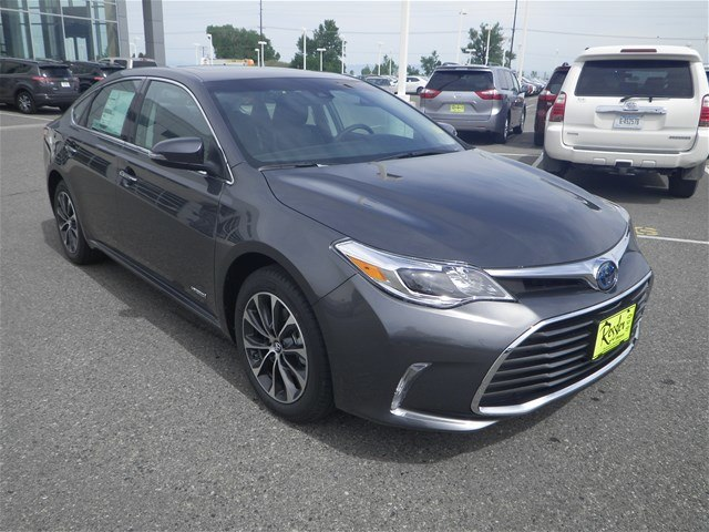 new 2017 toyota avalon hybrid xle premium sedan in bozeman. Black Bedroom Furniture Sets. Home Design Ideas