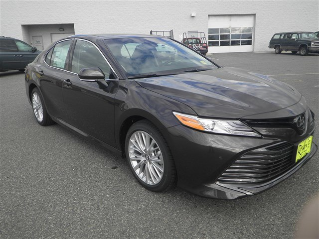 new 2018 toyota camry xle v6 sedan in bozeman t80072 toyota of bozeman. Black Bedroom Furniture Sets. Home Design Ideas